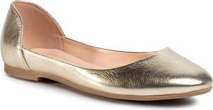 Złote baleriny Baldaccini w stylu casual ze skóry z płaską podeszwą