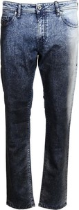 Niebieskie jeansy Diesel w street stylu