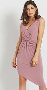 Sukienka Ivon asymetryczna z dekoltem w kształcie litery v