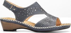 Niebieskie sandały bonprix bpc selection w stylu casual na rzepy na obcasie