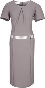 Brązowa sukienka Fokus mini z okrągłym dekoltem