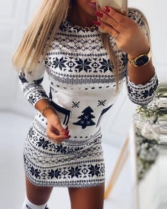 Sukienka Kendallme z długim rękawem dopasowana