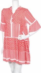 Czerwona sukienka Zwillingsherz w stylu casual z krótkim rękawem