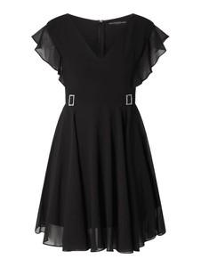 Czarna sukienka Guess z okrągłym dekoltem rozkloszowana z krótkim rękawem
