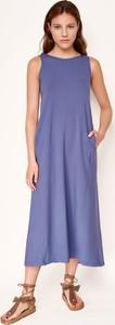 Niebieska sukienka Byinsomnia bez rękawów z okrągłym dekoltem prosta