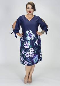 Sukienka Grandio z długim rękawem z dekoltem w kształcie litery v