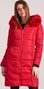 Czerwona kurtka Sheandher.pl w stylu casual