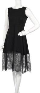 Czarna sukienka 109 F