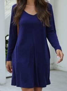 Niebieska sukienka Cikelly z okrągłym dekoltem w stylu casual