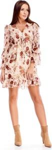 Sukienka N/A w stylu casual mini z długim rękawem