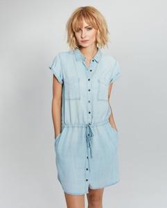 Sukienka FEMESTAGE Eva Minge z jeansu w stylu casual