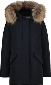 Czarna kurtka dziecięca Woolrich dla dziewczynek
