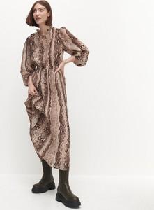 Sukienka Reserved z długim rękawem w stylu boho z szyfonu