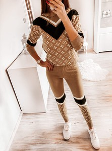 Brązowy Pakuten z dresówki w stylu casual