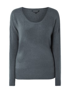 Sweter Review