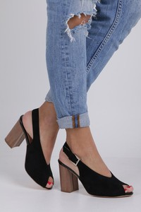 Czarne sandały Jezzi z klamrami