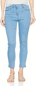 Błękitne jeansy brax