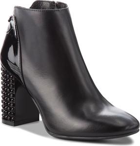 Czarne botki Nessi ze skóry na zamek w stylu glamour
