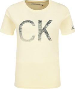 Żółty t-shirt Calvin Klein z krótkim rękawem