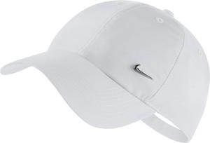Czapka Nike w młodzieżowym stylu