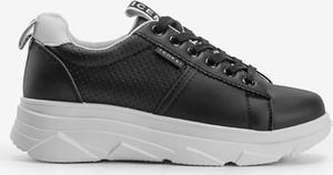Czarne buty sportowe Gemre.com.pl ze skóry z płaską podeszwą
