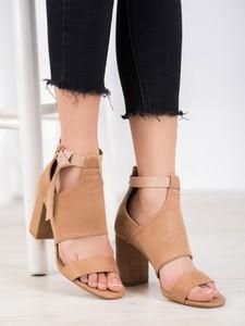 Brązowe sandały Czasnabuty z klamrami na wysokim obcasie