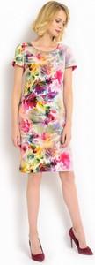 Różowa sukienka POTIS & VERSO w stylu klasycznym z krótkim rękawem na wesele