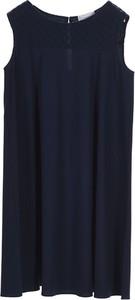 Sukienka Stefanel w stylu casual z okrągłym dekoltem