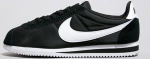 Czarne buty sportowe Nike cortez