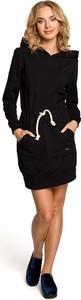 Czarna sukienka MOE w sportowym stylu sportowa mini