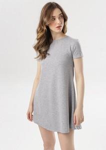 Sukienka born2be prosta w stylu casual mini