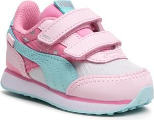 Buty sportowe dziecięce Puma dla dziewczynek na rzepy
