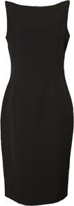Czarna sukienka TOVA z dekoltem w łódkę bez rękawów