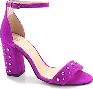 Różowe sandały Tymoteo ze skóry na słupku z klamrami
