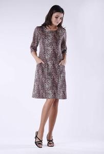 Sukienka Nommo w stylu klasycznym oversize z długim rękawem