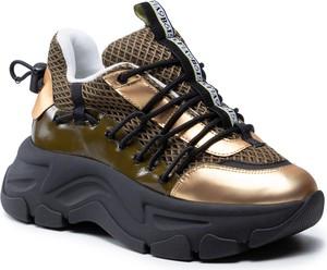 Złote buty sportowe Fabi na platformie w sportowym stylu ze skóry ekologicznej