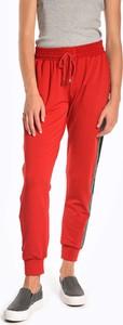 Czerwone spodnie sportowe Gate w sportowym stylu z dresówki