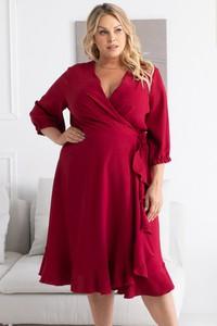 Czerwona sukienka KARKO dla puszystych midi z dekoltem w kształcie litery v