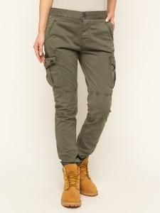 Spodnie Superdry w militarnym stylu