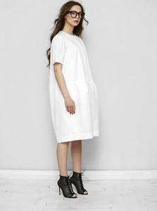 Sukienka Freeshion w stylu casual z okrągłym dekoltem z bawełny