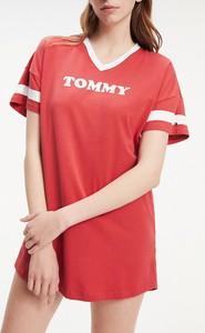 Czerwona sukienka Tommy Hilfiger w stylu casual oversize z krótkim rękawem