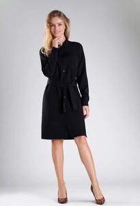 Czarna sukienka Nommo z długim rękawem koszulowa