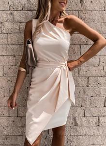 Sukienka Arilook asymetryczna