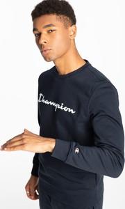 Niebieska bluza Champion w sportowym stylu