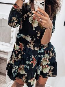Sukienka magmac.pl trapezowa z długim rękawem mini