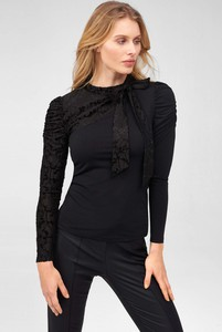 Czarna bluzka ORSAY z długim rękawem