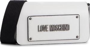 Torebka Love Moschino w młodzieżowym stylu mała na ramię