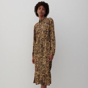 Brązowa sukienka Reserved z kołnierzykiem maxi z długim rękawem