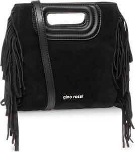 Czarna torebka Gino Rossi z frędzlami zamszowa
