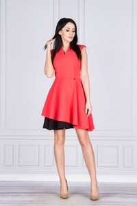 Czerwona sukienka Nubile